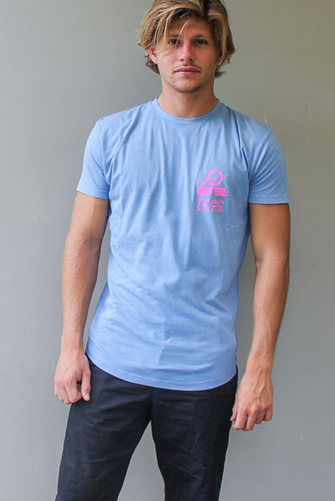 cneck tee | free in st barth | st barths fashion men