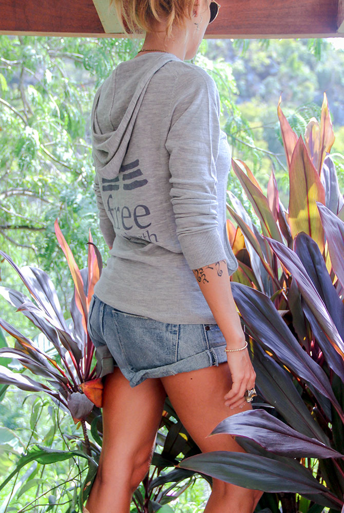cashmere zip hoodie | women collection |free in st barth