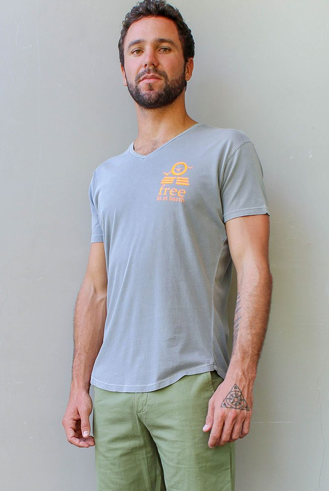 Free in St Barth | Tristan v-neck tee