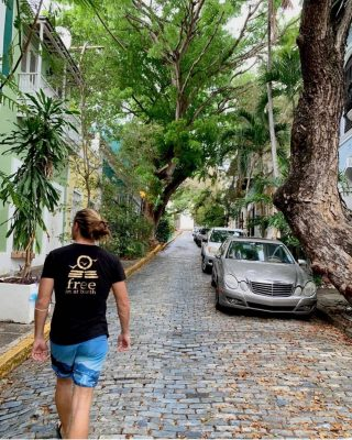 Jungle street 🌴🌴 . . Repost @tristan_debadereau thank you . . #freeinstbarth #stbarts #stbarth #street #islandlife #islandvibes #menstyle #menstee #freewestindies #chill #enjoylife