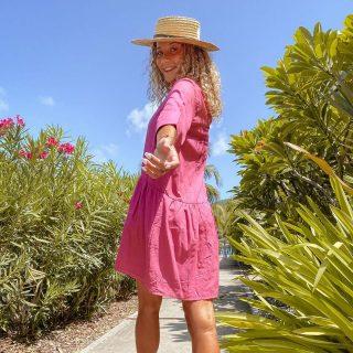 Anne dress : The perfect little beach dress.. 😍♥️ . . . #freeinstbarth #stbarts #stbarth #sbh #localbrand #beachwear #beachdress #islandgirl #addictedtoparadise #endlesssummer #summer #sun #freegirl
