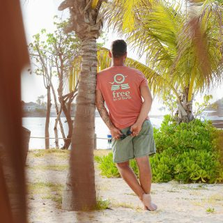 Week-end loading.. 🤩☀️ . . . #freeinstbarth #sbh #stbarts #stbarth #localbrand #happy #islandboy #endlesssummer #addictedtoparadise #onlygoodvibes #beachlover