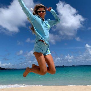 Positivity is power 🤩💙 . . . #freeinstbarth #stbarts #stbarth #sbh #localbrand #islandmood #islandgirl #beachlover #onlygoodvibes #sbh